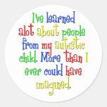 Mi niño me enseñó… pegatina redonda