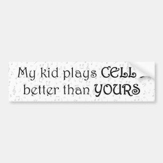 Mi niño toca el violoncelo mejor que el suyo pegatina para auto