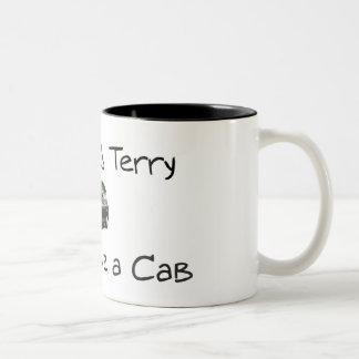 Mi nombre es Terry y conduzco un taxi Tazas