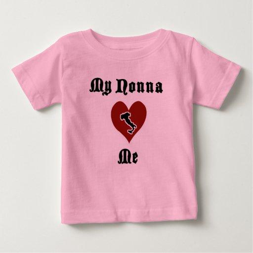 Mi Nonna me ama camiseta del niño