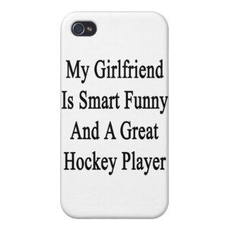 Mi novia es divertida elegante y un gran hockey Pl iPhone 4 Carcasas