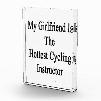Mi novia es el instructor de ciclo más caliente