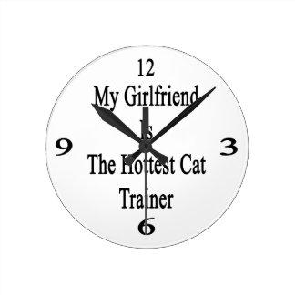 Mi novia es el instructor más caliente del gato reloj