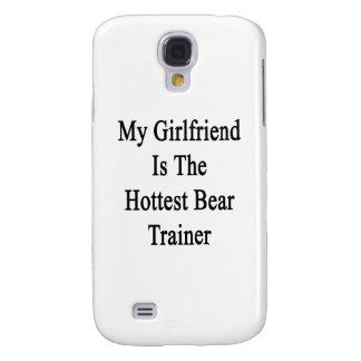 Mi novia es el instructor más caliente del oso