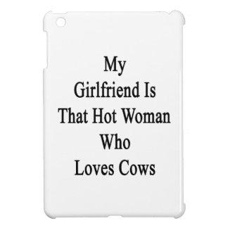 Mi novia es esa mujer caliente que ama vacas