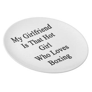 Mi novia es ese chica caliente que ama el encajona plato para fiesta
