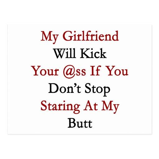 Mi novia golpeará su asno con el pie si usted no tarjeta postal