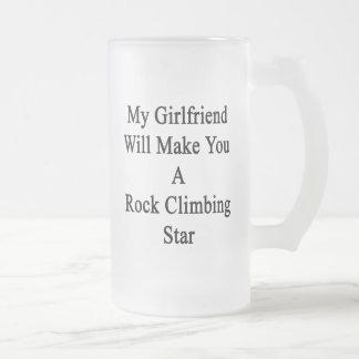 Mi novia le hará una estrella de la escalada taza de cristal