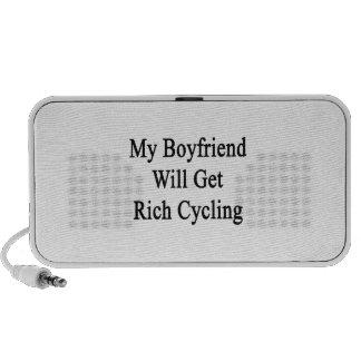 Mi novio conseguirá el ciclo rico notebook altavoces
