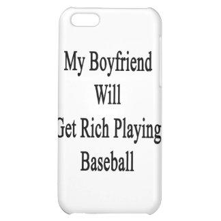 Mi novio conseguirá rico jugando a béisbol