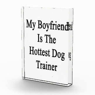 Mi novio es el adiestrador de perros más caliente