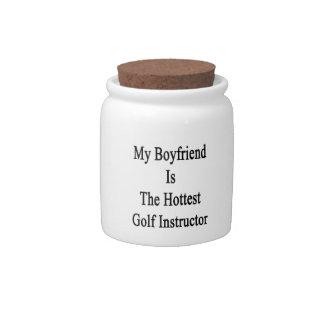 Mi novio es el instructor más caliente del golf plato para caramelo