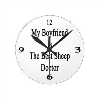 Mi novio es el mejor doctor de las ovejas reloj de pared