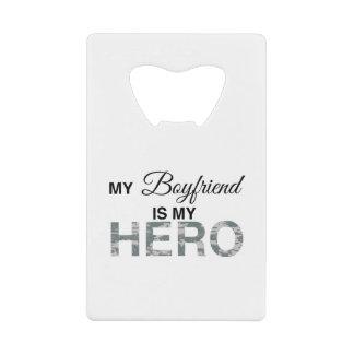 Mi novio es mi camuflaje de Digitaces del héroe
