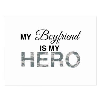 Mi novio es mi camuflaje de Digitaces del héroe Tarjeta Postal