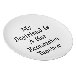 Mi novio es profesor caliente de la economía plato de comida