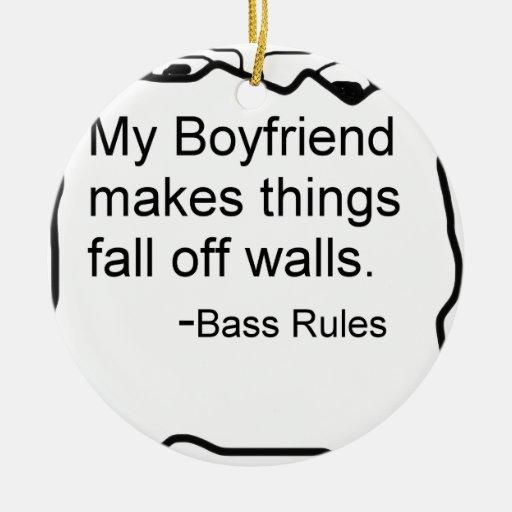 Mi novio hace cosas se cae de las paredes. Bajo Adorno Redondo De Cerámica