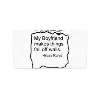 Mi novio hace cosas se cae de las paredes. Bajo Etiquetas De Dirección