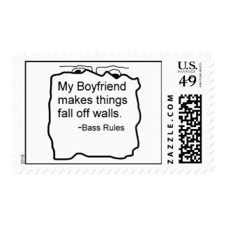Mi novio hace cosas se cae de las paredes. Bajo Franqueo