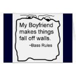 Mi novio hace cosas se cae de las paredes. Bajo Tarjeta De Felicitación