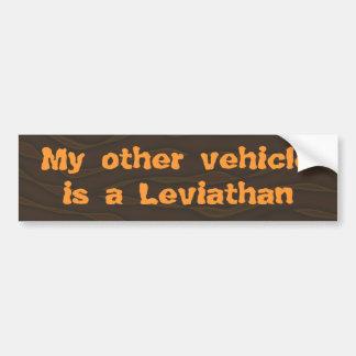 Mi otro vehículo es un leviatán pegatina para auto
