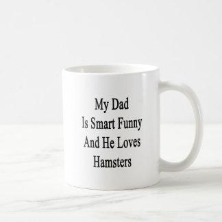 Mi papá es divertido elegante y él ama hámsteres taza básica blanca