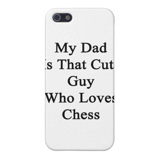 Mi papá es ese individuo lindo que ama ajedrez iPhone 5 funda