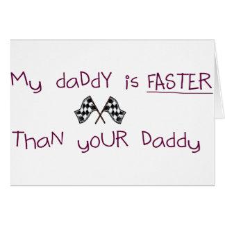 Mi papá es más rápido que su papá tarjeta de felicitación