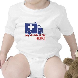 Mi papá es mi héroe traje de bebé