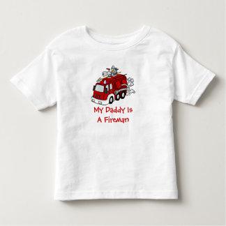 MI PAPÁ ES un coche de bomberos del rojo de los Tshirts