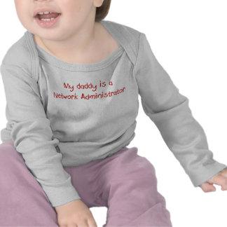 Mi papá es una camiseta del bebé del administrador