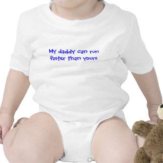 Mi papá puede correr más rápidamente que el suyo trajes de bebé