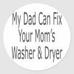 Mi papá puede fijar la lavadora y el secador de su pegatina redonda