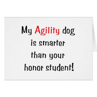 Mi perro de la agilidad es más elegante tarjeta pequeña