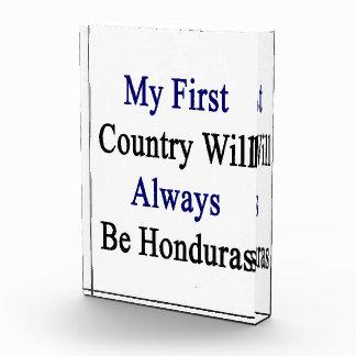 Mi primer país será siempre Honduras