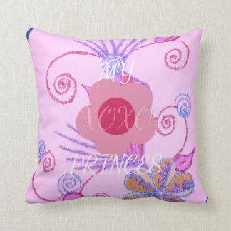 Mi princesa floral rosada Colors de Champán XOXO Cojín