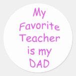 Mi profesor preferido es mi papá pegatinas redondas