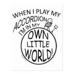 Mi propio pequeño mundo, acordeón postal