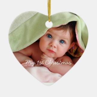 Mi rosa brillante del primer navidad puntea el adorno de cerámica en forma de corazón