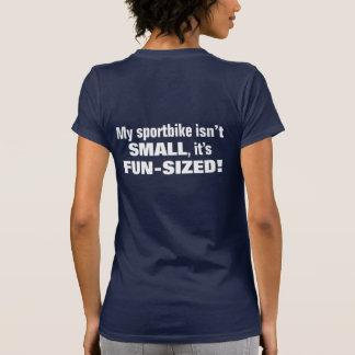 ¡Mi sportbike no es PEQUEÑO, él es FUN-SIZED! Camisetas