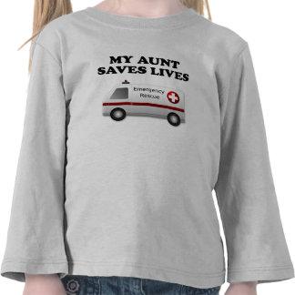 Mi tía Saves Lives Ambulance Camiseta