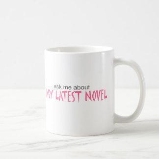 Mi última novela taza básica blanca