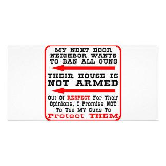 Mi vecino quiere prohibir todos los armas tarjetas personales