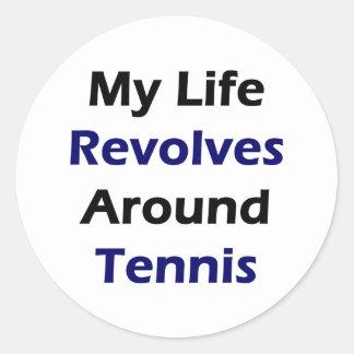 Mi vida gira alrededor de tenis pegatina redonda