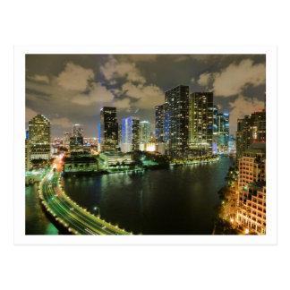 Miami en la noche tarjeta postal