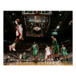 MIAMI, FL - 30 DE MAYO:  LeBron James #6 de los 3 Poster