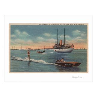Miami, FL - escena del esquí acuático, barco de Postal