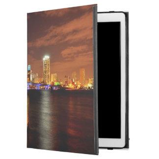 """Miami skyline at night, Florida iPad Pro 12.9"""" Case"""