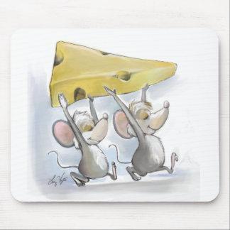 Mic y mac que traen en el queso Mousepad Alfombrillas De Ratones