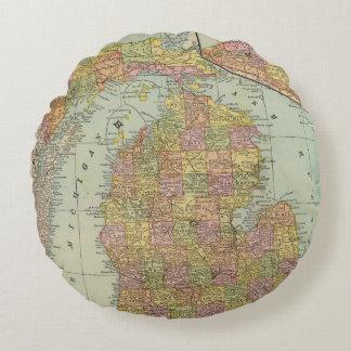 Michigan 3 round pillow